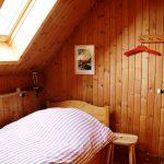 Dachfenster-1x2m-Bett-EZ-Abendrot-Gästehaus-Birkenhof