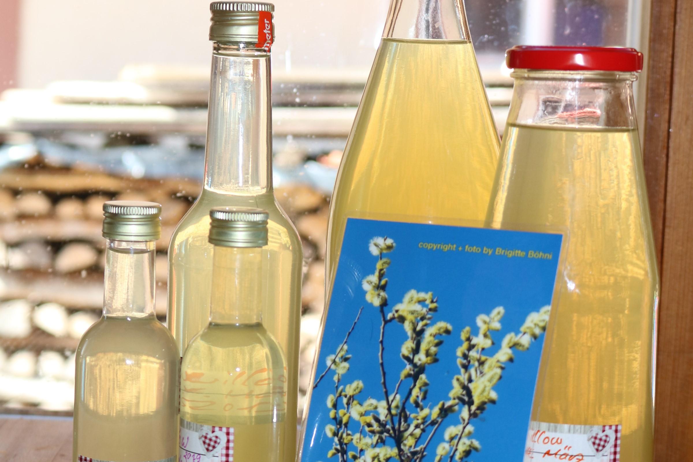 Willow-Essenz in der Flasche